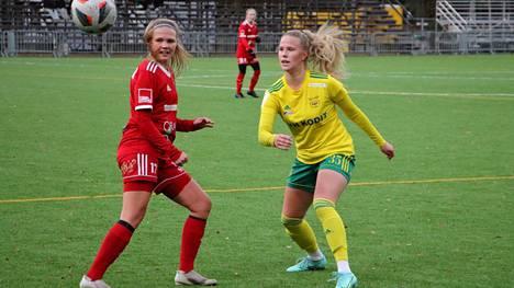 Armi Heikkilän (oik.) tupsukorvat kaatoivat Maiju Kuivilan FC Sportin Ykkösen karsinnoissa otteluvoitoin 2–0 (2–1, 4–2).