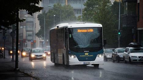 Palvelulinja on tuonut 20 euron kustannukset matkustajaa kohti.