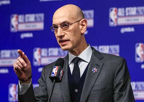 NBA:n komissaari Adam Silverin mukaan liiga ei pääse koronavirusta karkuun.