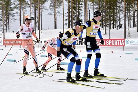 Ristomatti Hakola lähetti Antti Ojansivun matkaan samaan aikaan, kun Iivo Niskanen Perttu Hyvärisen.