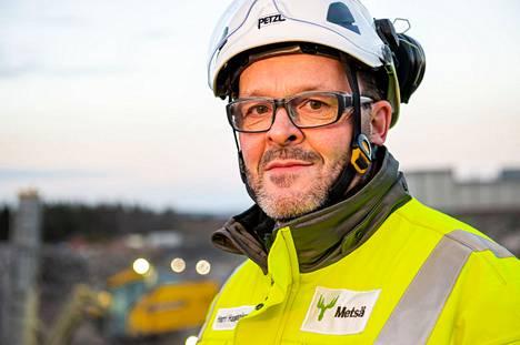 Kotimaisuus on yksi Metsän arvoista ja siksi uuden Rauman sahan kotimaisuusaste on korkea. Olemme myös käyttäneet sitä rakentaessa puuta hyvin monipuolisesti, projektijohtaja Harri Haapaniemi kertoo ylpeänä.