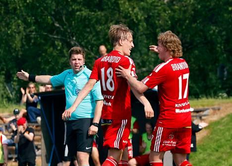 FC Jazz tarvitsisi lisää onnistumisen hetkiä Eino-Iivari Pitkälän ja Rasmus Laaksosen johdolla.