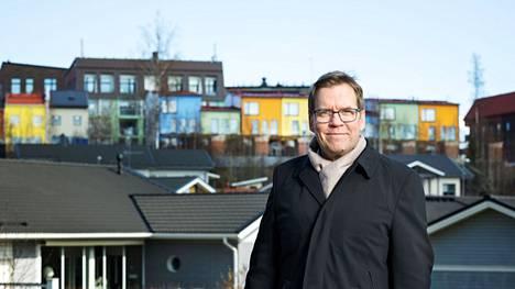 Tampereen kasvava vetovoima heijastuu myös ympäryskuntiin. Tiivis ja hyvä yhteistyö seutukuntien välillä hyödyttää lopulta kaikkia, pohtii Pirkkalan pormestari Marko Jarva.