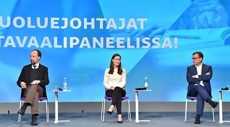 Perussuomalaisten puheenjohtaja Jussi Halla-aho, SDP:n puheenjohtaja Sanna Marin ja kokoomuksen puheenjohtaja, kansanedustaja Petteri Orpo puoluejohtajien koulutuskeskustelussa Educa-tapahtumassa Helsingissä 30. tammikuuta 2021. Ylen gallupin mukaan SDP olisi suurin puolue, jos kuntavaalit pidettäisiin nyt.