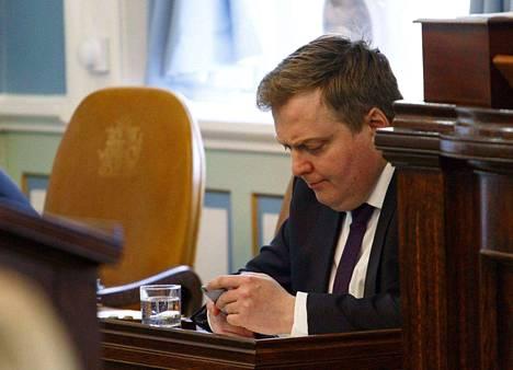 Islannin pääministeri Sigmundur David Gunnlaugsson eroaa.