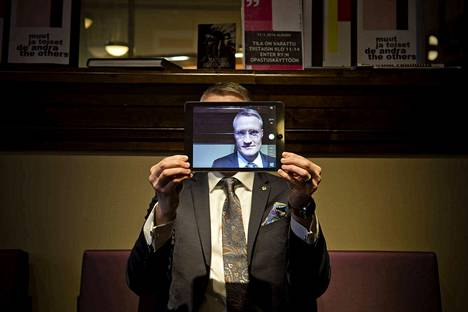 Kyberprofessori Jarno Limnéllin mukaan Isisiä ei voiteta pelkästään kybersodankäynnillä, kuten ei mitään muutakaan sotaa tai kriisiä.