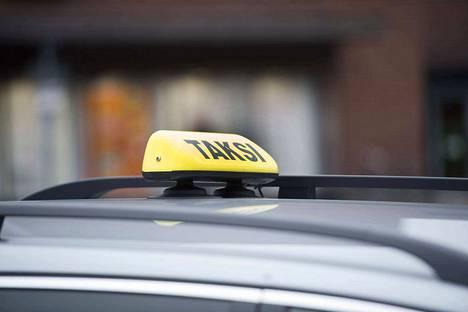 Liikennekaariuudistuksen luonnoksessa esitetään, ettei rikosrekisteriotteella näkyisi teot, joista on annettu sakkorangaistus.