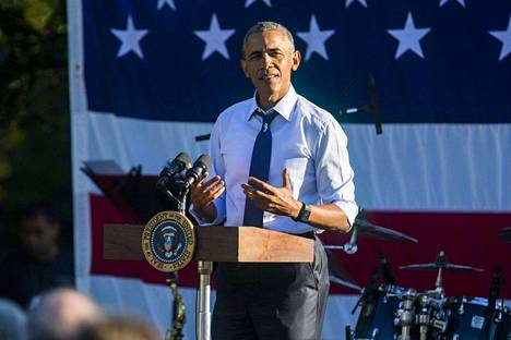 Yhdysvaltojen presidentti Barack Obaman mielestä aselakeja pitäisi kiristää.