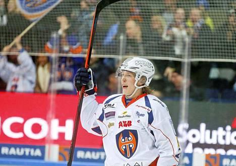SM-liigaseurat haluavat Patrik Laineesta ja muista NHL:ään lähtevistä tähdistä nykyistä isompia korvauksia.