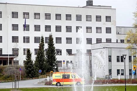 Raumalla koronaepidemia on kiihtymisvaiheessa, mutta kokonaisuutena Satakunnan tilanne on maan paras. Kuvassa Rauman aluesairaala.