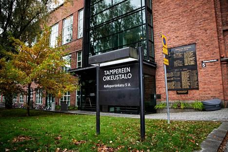 Kuhmoisten rikosasiat käsitellään nykyään Pirkanmaan käräjäoikeudessa Tampereella.