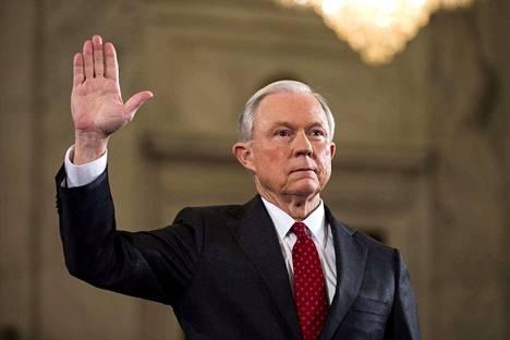 Jeff Sessions valittiin oikeusministeriksi helmikuussa.