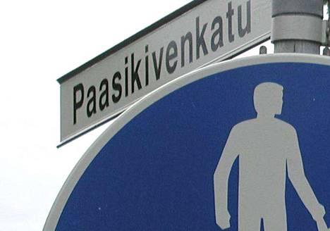 Poliisi kutsuttiin selvittämään henkirikosta Paasikivenkadulla sijaitsevaan asuntoon.