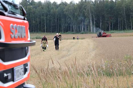 Palaneet peltoalueet saatiin sammutettua.
