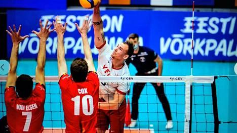 Viime kauden päätteeksi Kristaps Smits valittiin Baltian liigan parhaaksi yleispelaajaksi sekä Latvian parhaaksi yleispelaajaksi.