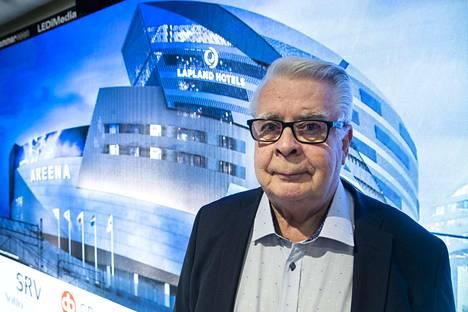 Kalervo Kummola nähtiin maanantain tiedotustilaisuudessa helpottuneena ja rentona. MM-kisahankkeen onnistuminen lämmitti konkarin mieltä.