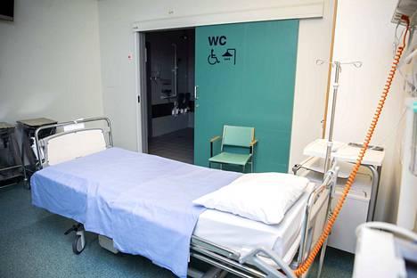 –Kaiken kaikkiaan sairaalassa on rauhallista ja osastoilla on tilaa, ylilääkäri Raija Uusitalo-Seppälä kertoo.