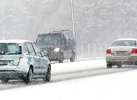 Satakunnassa voi viikon päästä tulla lunta, Juha Föhr ennustaa.