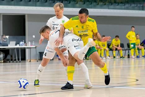 Berat Grabovcin tupsukorvat joutui taipumaan Juho-Teppo Bergin ja Jussi-Esko Bergin (4) ToPV:lle tasaisen taistelun jatkoajalla luvuin 3–4.