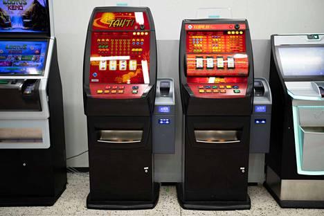 Veikkaus sulkee muun muassa ruokakaupoissa olevat peliautomaattinsa.
