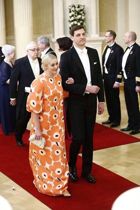 Marimekon toimitusjohtaja pukeutui Unikkoon.