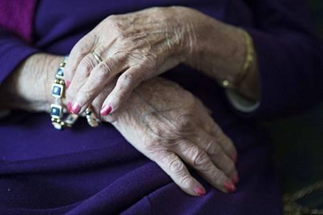 Janakkalan Sydänyhdistyksen jäsen sai sydänkohtauksen kesällä 2010. Hän oli tuolloin yli 60-vuotias. Kuvituskuva.