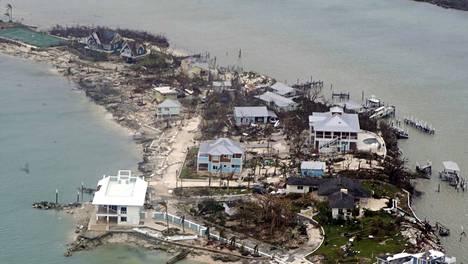 Hurrikaanin tuhoista Bahamalla on vielä niukasti tietoja.