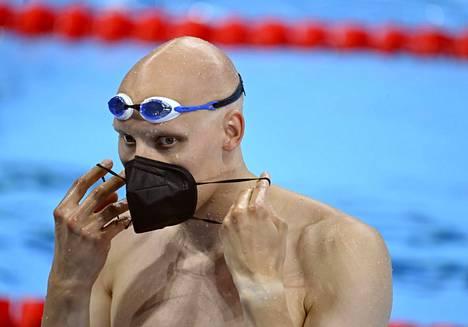 Satakunnan menestystoiveet lepäävät rintauimari Matti Mattssonin harteilla Tokion olympialaisissa. Porin Uimaseuran mies on altaassa ensimmäisen kerran tänään lauantaina 100 metrin rintauinnin alkuerä kello 14.55.