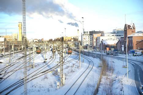 Venäläinen lumensyöjäjuna soveltuu erityisesti ratapihojen lumenpoistoon.