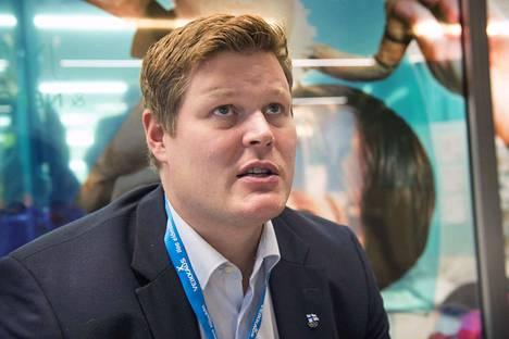 Olli-Pekka Karjalainen palkattiin kehittämään lentopalloa kansallisesti ja kansainvälisesti.