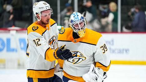 Ryan Johansen juhlisti Nashville Predatorsin voittoa NHL-debyyttinsa tehneen Connor Ingramin kanssa. Ingramista tuli Nashvillen historian toinen maalivahti, joka on voittanut debyyttiottelunsa.