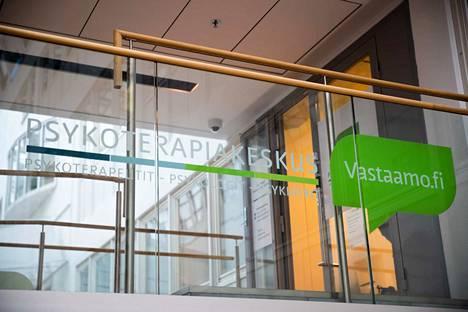 Vastaamon tietomurron uhreja kiristänyt taho on alkanut siirtää kiristämällä saamiaan rahoja, kertoo F-Securen tutkimusjohtaja Mikko Hyppönen.