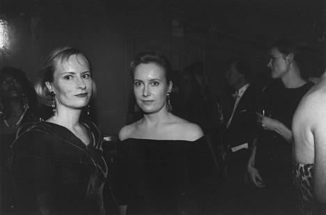 Sinikka ja Tiina Nopola vuonna 1992. Kuva: Jaakko Julkunen