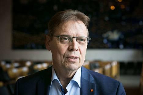 Tampereen pormestarin Lauri Lylyn mukaan kuntajohtajat olivat hyvin yksituumaisesti sen takana, että kuntavetoisen sote-uudistuksen valmistelua viedään eteenpäin.
