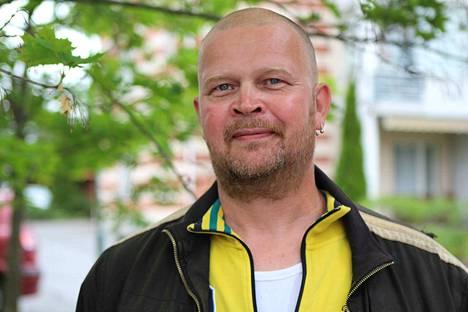 Timo Osmonen kirjoittaa Nokian Uutisiin arjesta isänä, miehenä, ystävänä, auttajana ja avunsaajana.