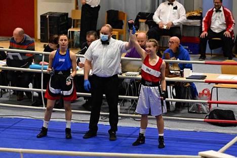 Janakkalan nyrkkeilijöiden Ella Mutanen vei voiton kansallisissa kisoissa Forssassa.