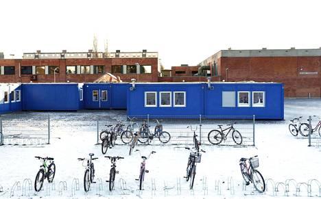 Itä-Porin koulussa on kuluvana talvena käyty koulua parakeissa sisäilmaongelmien takia.