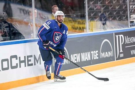 Urallaan lähes 240 NHL-ottelua pelannut hyökkääjä Pierre-Édouard Bellemare on yksi Ranskan suurimmista tähdistä.