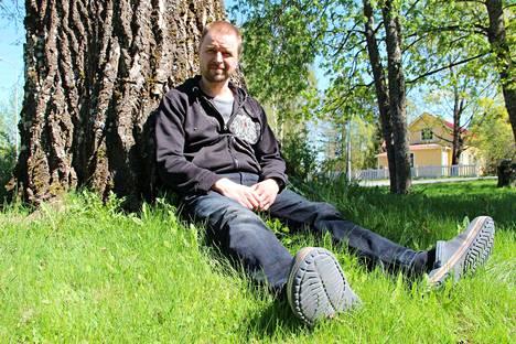 Kokemäen kauppiaiden ja palveluyrittäjien yhteistyöelimen Koplan vetäjä Tomi Suovanen pettyi, kun yhteistä säveltä yrittäjien kesken ei löytynyt.