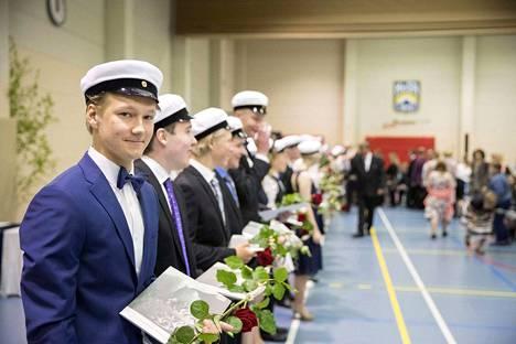 Eero Vanhatalo suoritti kaikkiaan kuusi ylioppilaskoetta. Tänä keväänä ohjelmassa olivat äidinkieli, matematiikka, englanti ja yhteiskuntaoppi.