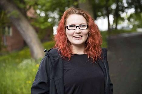 23-vuotiaan Ida Lehtosen vapaa-aika täyttyy koirien kuvaamisesta.