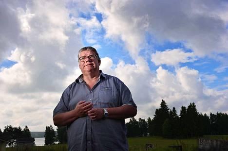 Kysymykseen siitä, pelastiko vai myikö hän sielunsa perussuomalaisissa, Timo Soini vastaa, ettei ole koskaan myynyt mitään. –En rahasta, enkä virasta.