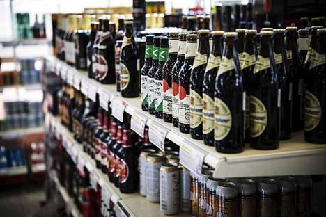 Alkoholin runsas kertakulutus aiheuttaa neste- ja suolatasapainon häiriöitä, verensokerin laskua, sydämen rytmihäiriöitä, ruokatorven verenvuotoa ja mahalaukun limakalvovaurioita sekä haimatulehduksen riskin.
