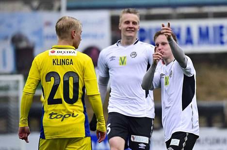 Tuomas Lähdesmäki on ensimmäinen FC Hakan ensimmäinen pelaaja, joka allekirjoitti sopimuksen kaudelle 2018.