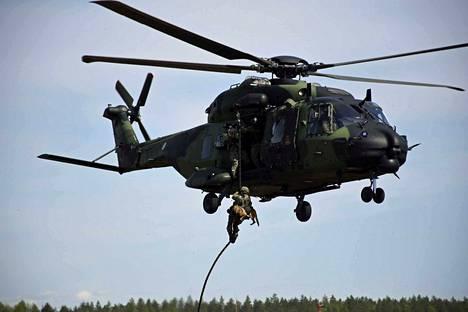 Harjoitukseen osallistuu muun muassa Porin prikaatissa oleva kansainvälisen valmiusjoukon jääkärikomppania, kaksi NH90 kuljetushelikopteria sekä esikuntaupseereita.
