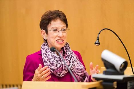 Itävaltalainen Ruth Wodak oli pääpuhujana Tampereen yliopiston viestintätieteiden tiedekunnan 24.–28.8. järjestämässä konferenssissa Language and Democracy. Lancasterin yliopiston lisäksi Wodak on professorina Wienin yliopistossa. Tällä hetkellä hän toimii vierailijaprofessorina Malmön yliopistossa.