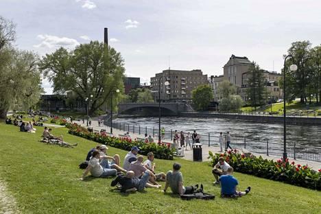 Koskipuisto kuuluu vahvasti Tampereen kansallismaisemaan.