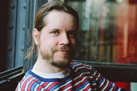 Sami Sänpäkkilä pääsi päättymättömälle Ihmemaa-matkalle kohdattuaan Goodiepalin. Sänpäkkilä on luvannut, että elokuva nähdään myöhemmin myös Satakunnassa.