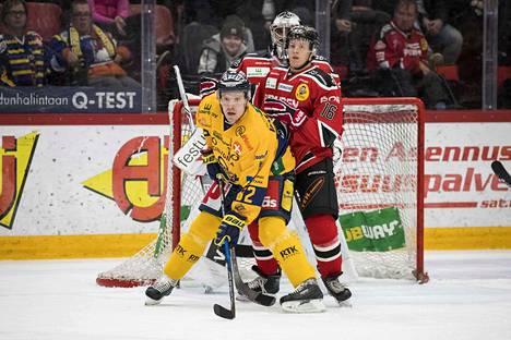 Jere Seppälä pelasi kauden parhaan pelinsä Lukkoa vastaan. Ville Vahalahti vastasi puolestaan raumalaisten ensimmäisestä maalista.