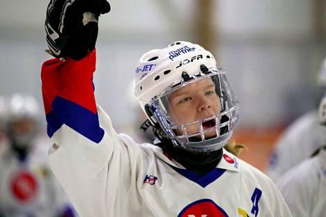 Kaisa Hurskeen hyvät passit toivat kuusi maalisyöttöä Tuusulassa. Itsekin hän maalasi kerran voitokkaassa ottelussa.